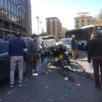 Palermo: cavallo rompe le redini del calesse e scappa in pieno centro città