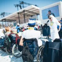 La guerra dell'assistenza dietro il caso disabili, un affare da 100 milioni
