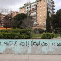 Mafia, scritte contro don Ciotti a Palermo: