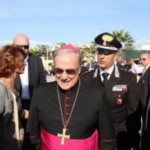 """""""Truffa sui contributi per costruire la chiesa"""", indagato il vescovo di Mazara del Vallo"""