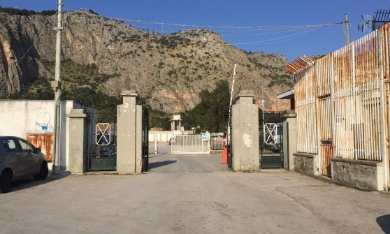Palermo, l'ippodromo è chiuso per mafia da un mese. Il custode è un ex pusher in contatto con i boss