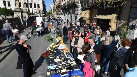 Palermo: un chilometro di libri nel cuore del Cassaro