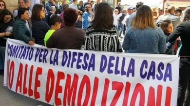 """Abusivismo, a Licata il consiglio comunale prova a fermare le demolizioni delle case   Il sindaco: """"Uno scandalo, io vado avanti"""""""