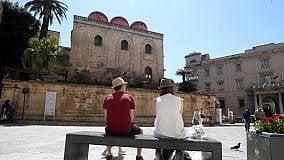 La Palermo che rinasce mostri anche le sue ombre   di MASSIMO LORELLO