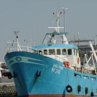 Canale di Sicilia: peschereccio di Mazara fermato da miliziani libici in