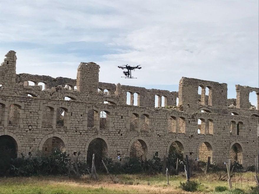 """Scicli: i droni per salvare la """"Mannara"""" del commissario Montalbano"""