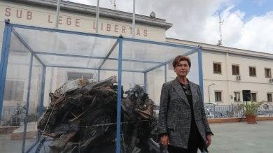 Il ricordo di Falcone, 25 anni dopo torna a Palermo l'auto scorta     Foto 1     - 2      Salpa la nave della legalità