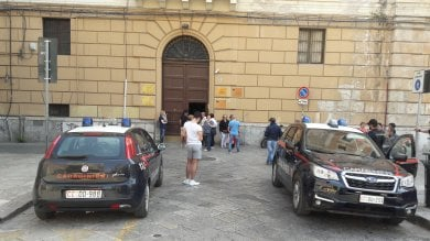 Allarme bomba al Convitto nazionale evacuati 700 studenti