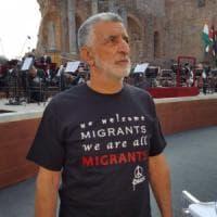 """G7 Taormina, il sindaco Accorinti: """"Ho urlato a Trump contro i muri nel mondo"""""""