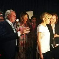 Le first lady ammirano i dipinti di Antonello