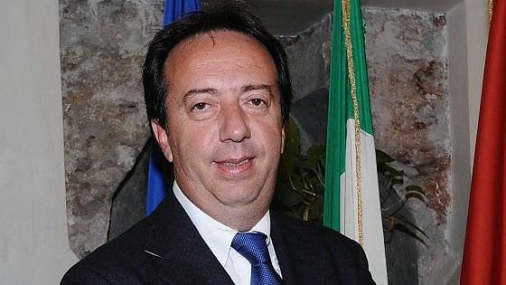 Palermo, corruzione elettorale: condannato a sei mesi il deputato all'Ars Roberto Clemente