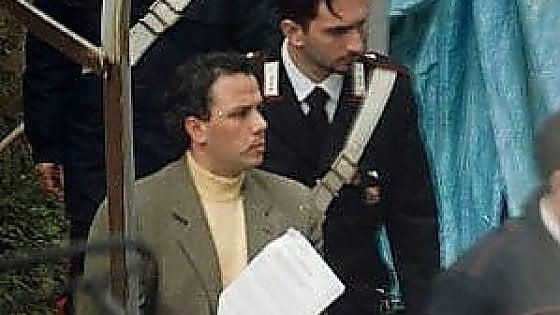 """Stato-mafia, il boss Graviano intercettato in carcere.  """"Berlusca mi ha chiesto questa cortesia"""""""