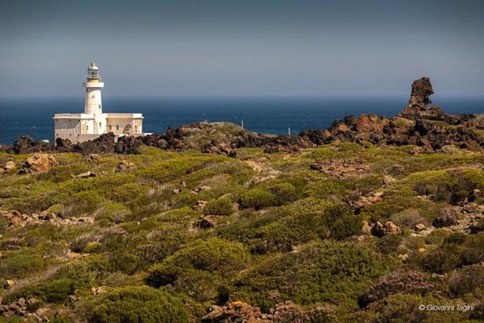 Sicilia: i fari diventano resort, ristoranti e musei