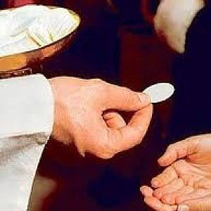Palermo, i vescovi siciliani aprono alla comunione per i divorziati risposati