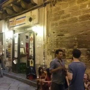 Palermo: al bar Garibaldi spinello gratis a chi prende un cocktail