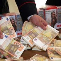 Palermo: famiglia di falsari arrestata in provincia