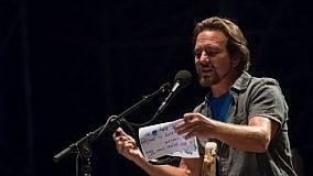 Eddie Vedder a Taormina: il rock profondo e la bellezza del teatro antico  di TULLIO FILIPPONE