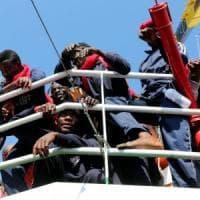 Migranti, somalo arrestato a Lampedusa per torture e omicidi