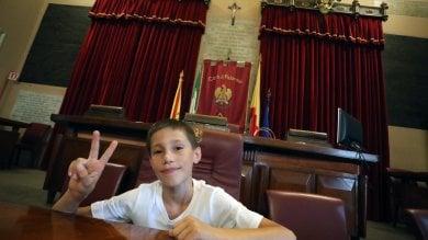 Anthony a Palazzo delle Aquile  Video    La sua vittoria: sparirà la discarica abusiva