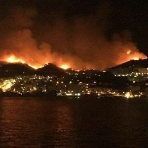 Incendi,le fiamme tengono in ostaggio Enna e Messina