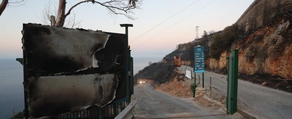 Incendi, San Vito Lo Capo: Calampiso chiuso per altre 24 ore, disposti sopralluoghi