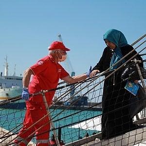 Migranti, in 7300 a bordo di dieci navi attese nelle prossime ore nei porti italiani
