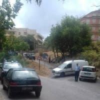 Cinquanta migranti in hotel inagibile del Messinese, barricate di sindaco e cittadini