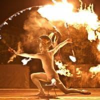Il Teatro del fuoco compie 10 anni e festeggia al Castello a mare