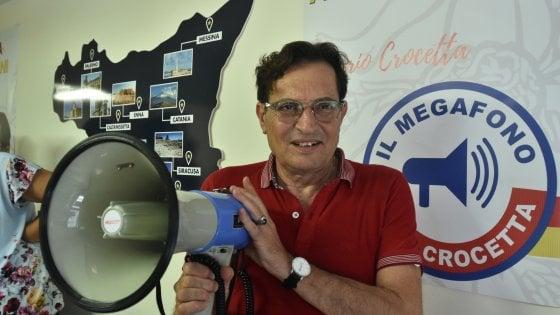 """Crocetta torna a impugnare il megafono: """"Mi candido, voglio il centrosinistra con me"""""""