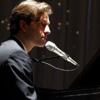Peter Cincotti canta