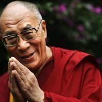 Il Dalai Lama torna a Palermo, parlerà della gioia al teatro Massimo