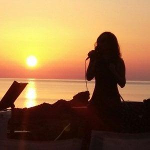 Il tramonto di Ustica a suon di musica