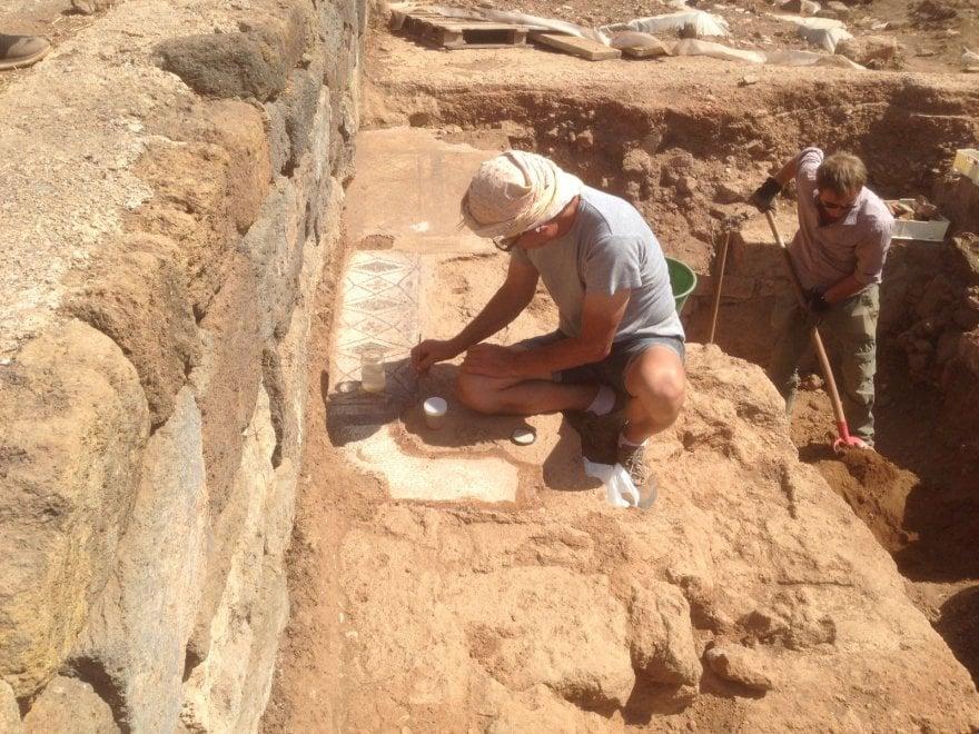 Pantelleria, un premio per l'archeologo che ha scoperto l'acropoli