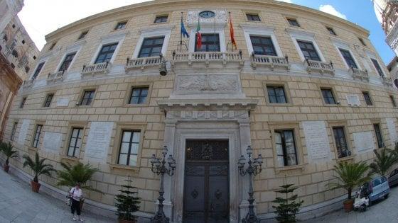 Palermo: salta il consiglio comunale, lite sulle commissioni fra Pd e Ap