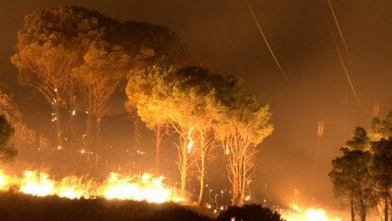 Incendio doloso, un arrestato a Cefalù, avrebbe appiccato dieci roghi
