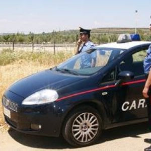 Paracadutista si schianta e muore nel Catanese
