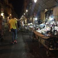 Palermo: via Maqueda a metà fra un suk e un fast food. l'isola che rischia