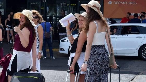 Palermo, la grande fuga dalla città:  via mille persone ogni mese