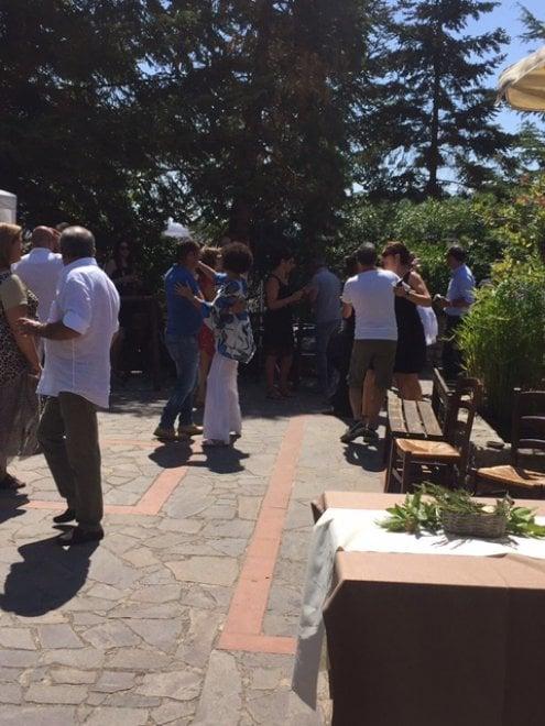Domenico Dolce Torna A Polizzi Pranzo Per Gli Amici In Agriturismo