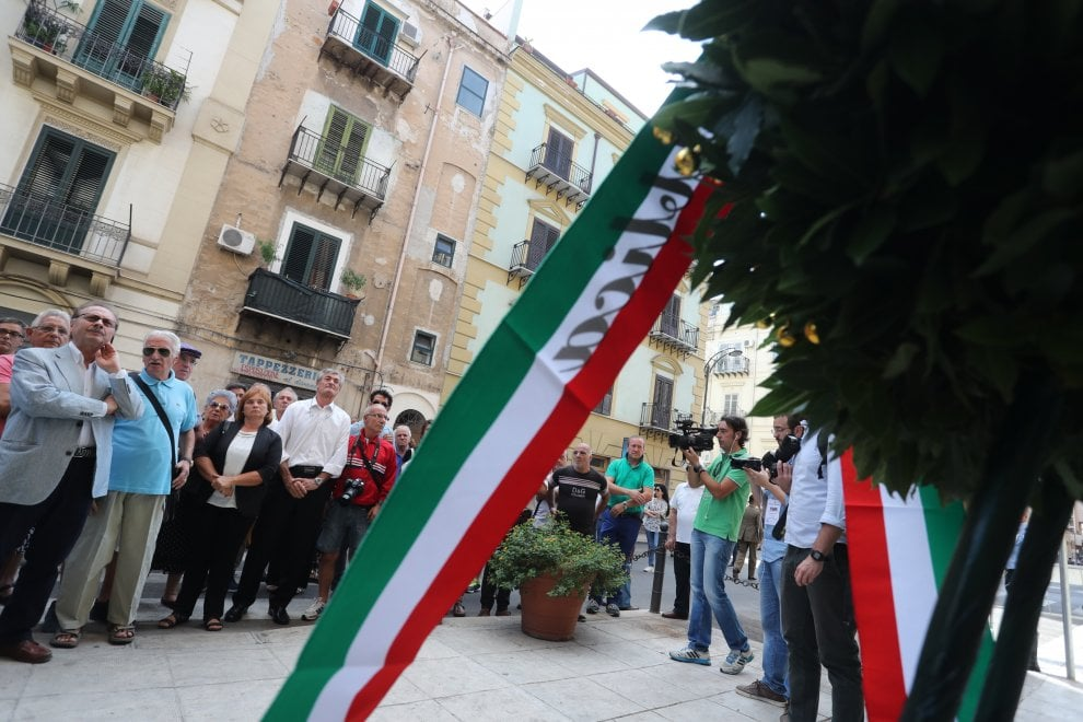Palermo: Mattarella in via Carini per l'omaggio a Dalla Chiesa