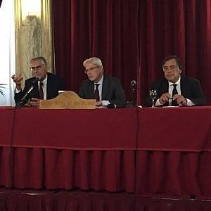 """Il ministro De Vincenti a Palermo per sostenere Micari: """"Importante impegno del governo per la Sicilia, alle urne in gioco il futuro dell'Isola"""""""