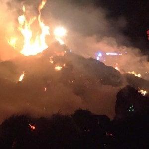 Messina: appiccava incendi, li filmava e si vantava su Whatsapp. Arrestato