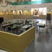 Siracusa: troppi alunni, classi in palestra e nell'androne. Proteste dei