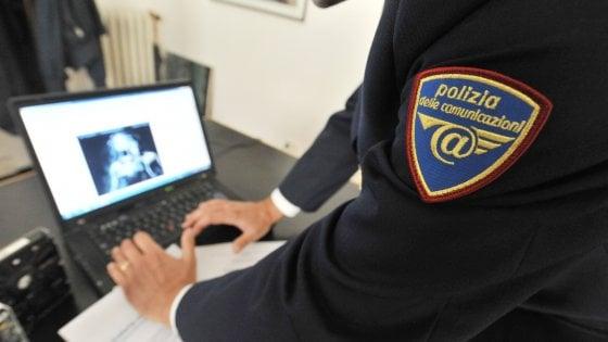 Su Facebook mette all'asta figlio in arrivo, ma è 'troll': inchiesta a Catania