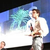 Regionali Sicilia: Genovese junior si presenta citando Steve Jobs, assente