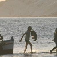 Realmonte: arrestato uno scafista, stava rientrando in Africa dopo sbarco