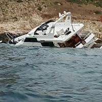 Trapani, yacht sugli scogli a Levanzo