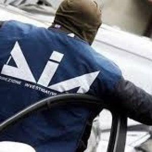 Blitz a Caronia: arrestati due imprenditori, sequestrate auto di lusso