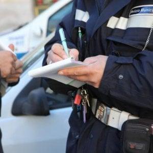 Palermo, avvertivano dei controlli i titolari dei locali: indagati tre vigili urbani