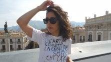 La t-shirt d'artista    con l'ironia dei Saccardi